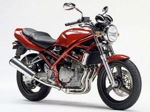 身長 250ccバイク