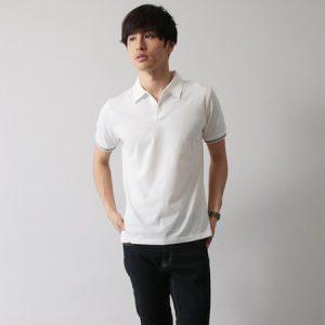 白ポロシャツ 夏