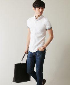 白シャツ 夏