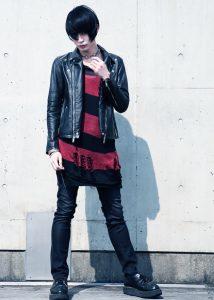 黒のダブルライダース×スキニーパンツ