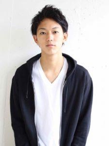 黒髪ショート 20代