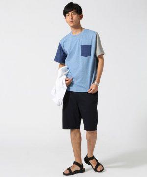 青のTシャツ 夏コーデ
