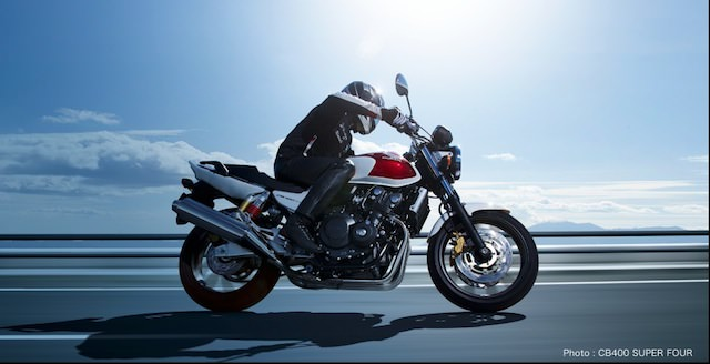 ネイキッドバイク 400cc