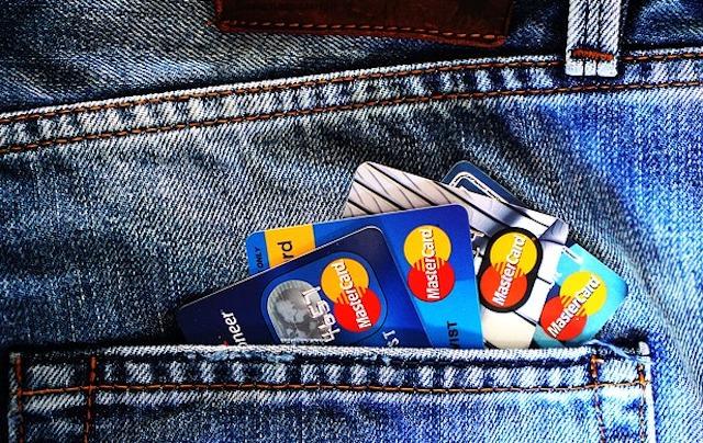 クレジットカード 枚数