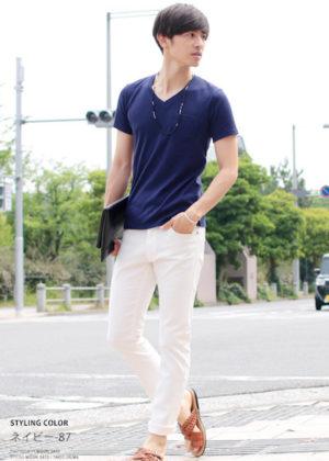 青のTシャツ 夏のメンズコーデ