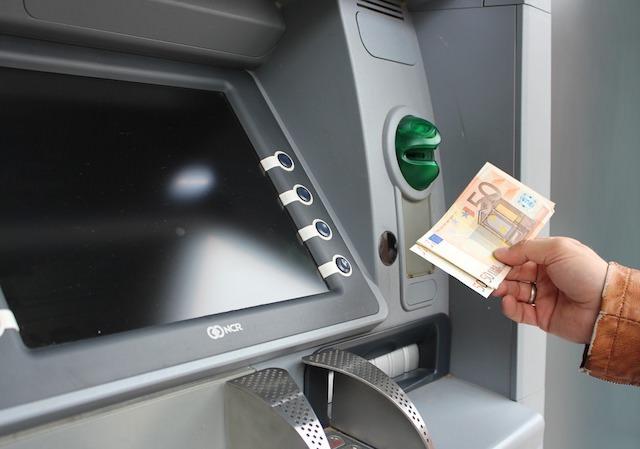 ATM キャッシング 海外