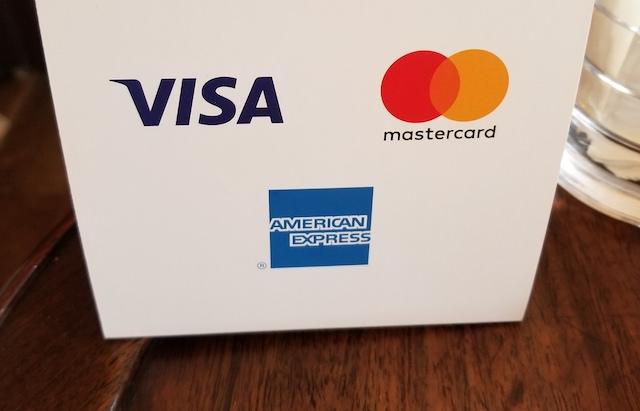 VISA Mastercard 使える店