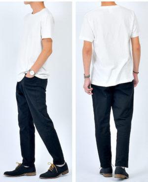 白の無地Tシャツと黒のスキニーパンツ